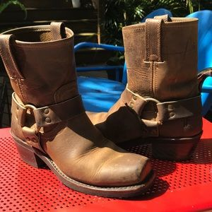 Authentic Frye tan harness boot, well constructed